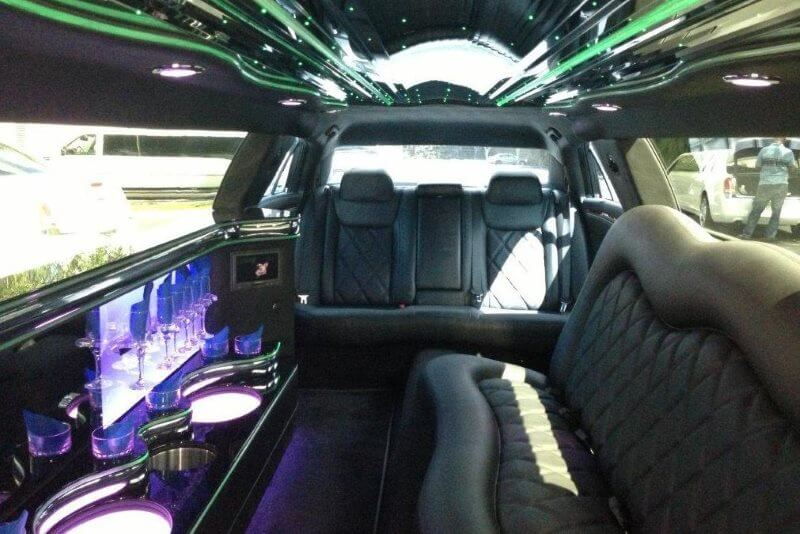 1 Limo Service in Farmington Hills, MI with Prices & Reviews