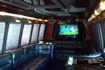 Little Rock Party Buses