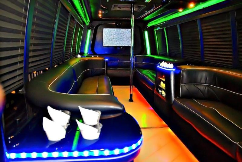 20 Deals For Party Buses Party Bus Rentals San Antonio Tx