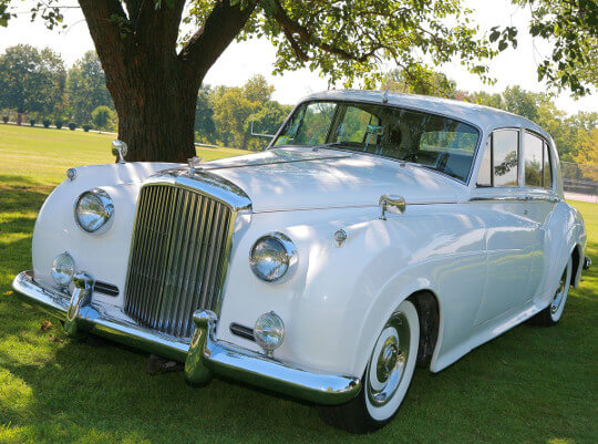 Bentley Limo Rental