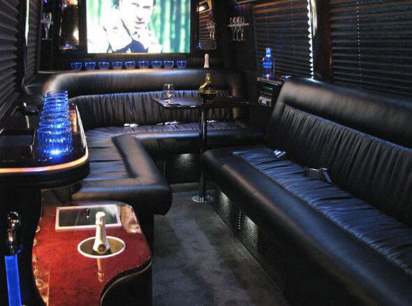 Kissimmee Party Buses