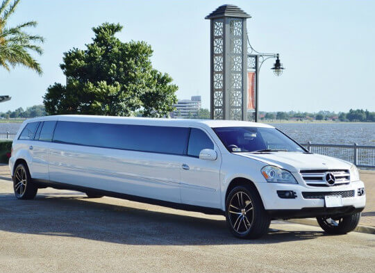 Mercedes Limo Rental