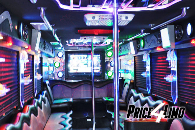 Oakland Park Party Buses