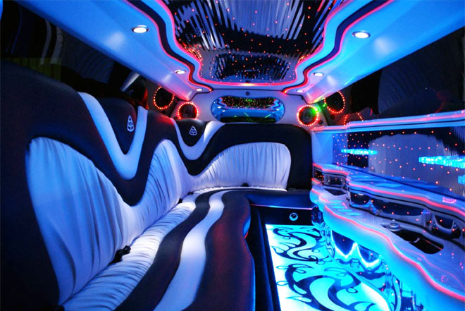 Party Bus Service in Country Club