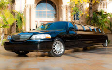 Black Super Stretch Lincoln Limo