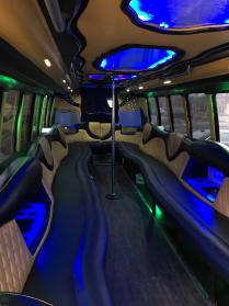 15 Deals for Party Bus Minneapolis, MN Rentals: Cheap Party Buses
