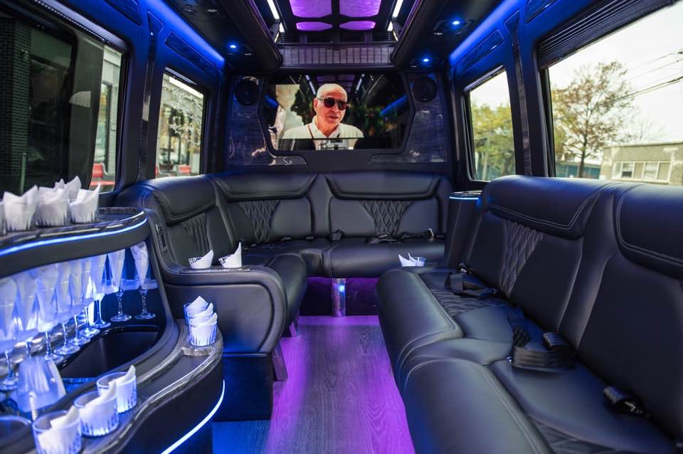 Party Bus Rental Tempe, AZ MSB Black Limo 14 Passenger #12596