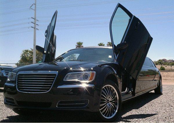 Limo Service Gilbert, AZ Chrysler 300 Limousine 10 Passengers Black