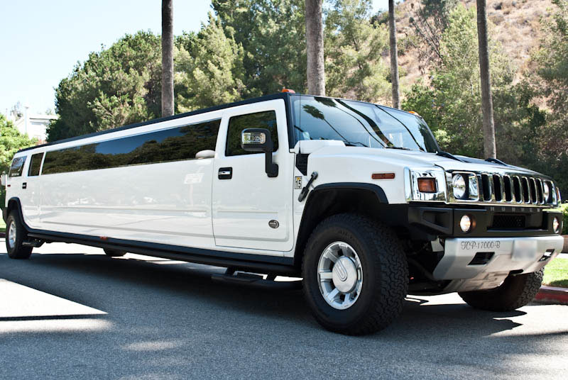 Party Bus Rental Bullhead City, AZ 14 Passenger White H2 Hummer Limo