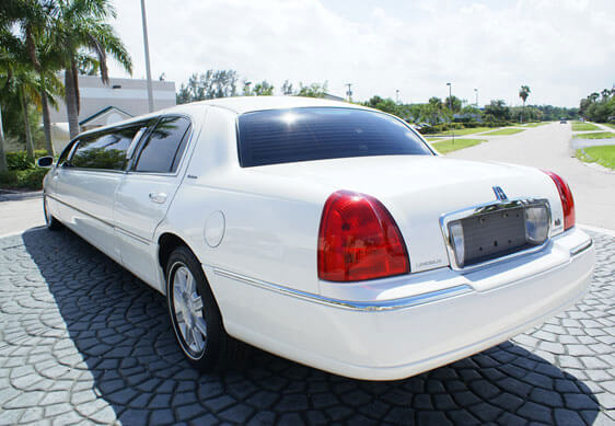 Party Bus Rental Sun City, AZ Lincoln Stretch White 10 Passenger #9343
