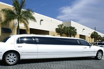 lincoln limo rental interior